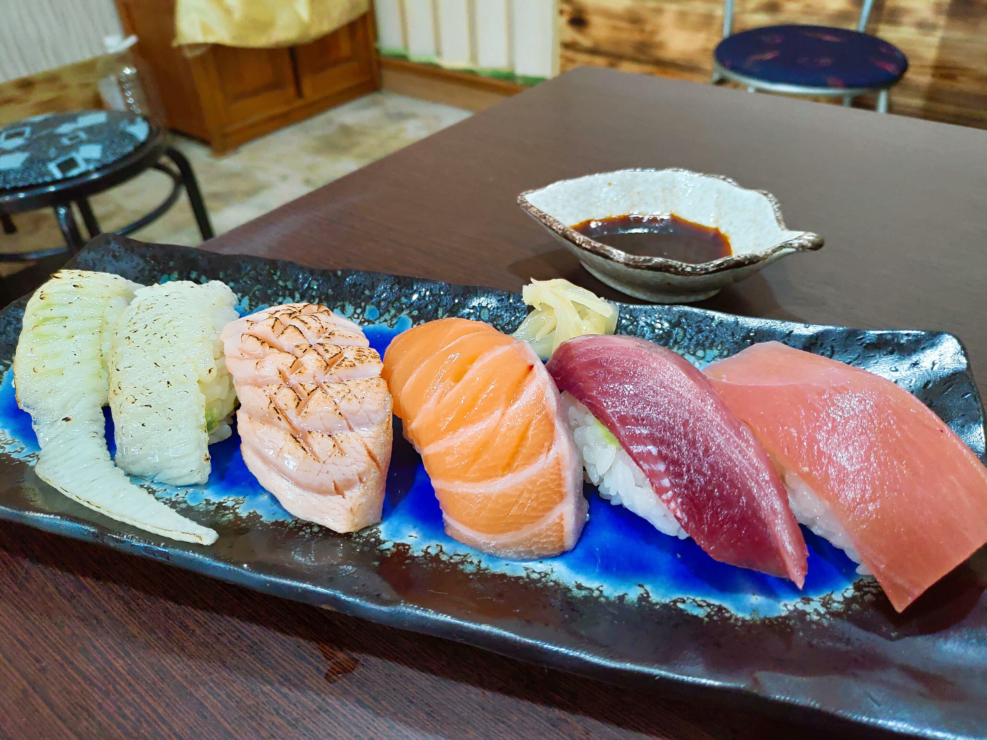【花蓮市區】發師の店–價格實惠且用料實在的美味握壽司