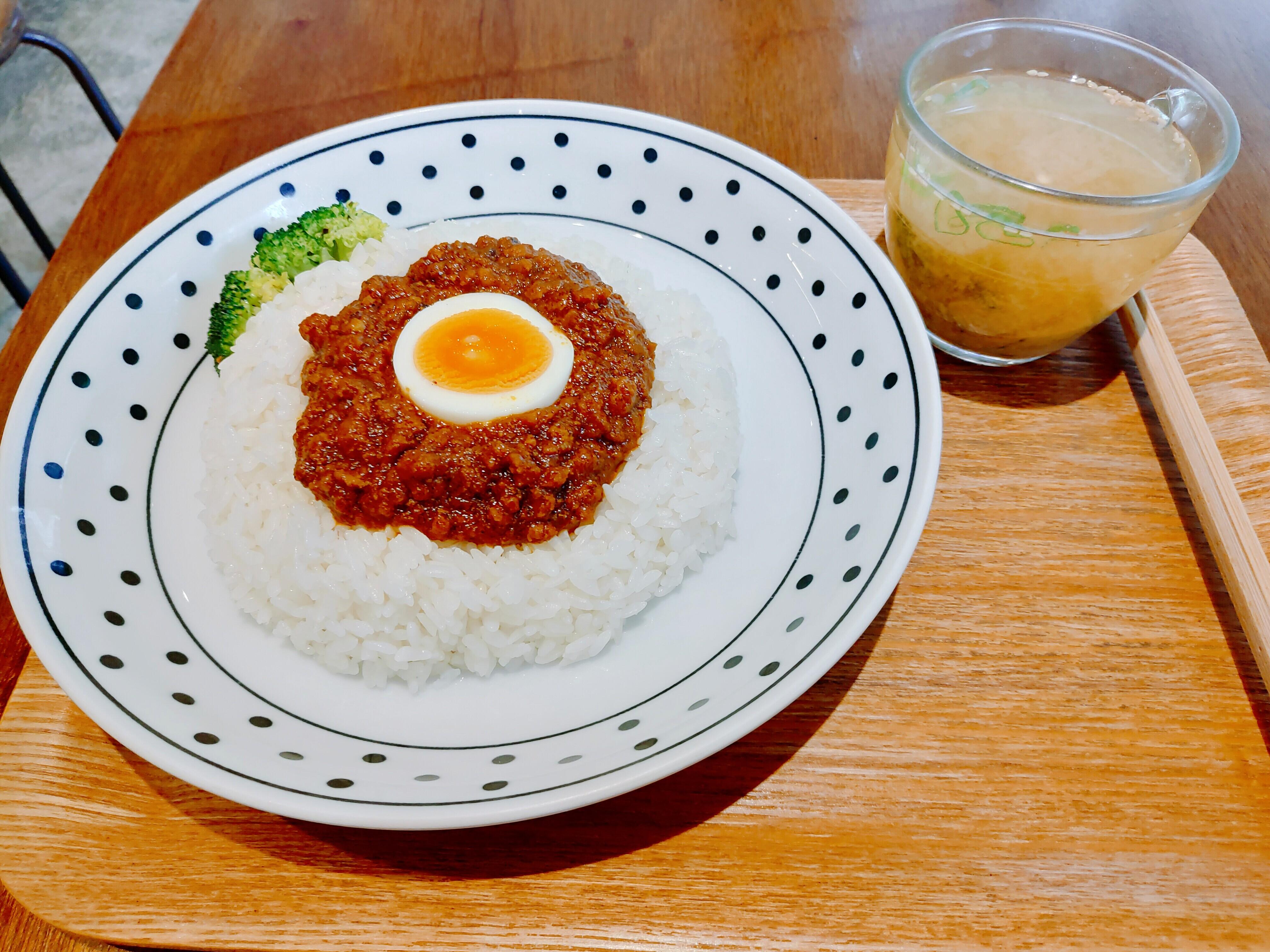 【台北大安】Kitchen Island中島–每日隨機的餐點X超美味乾式咖哩飯