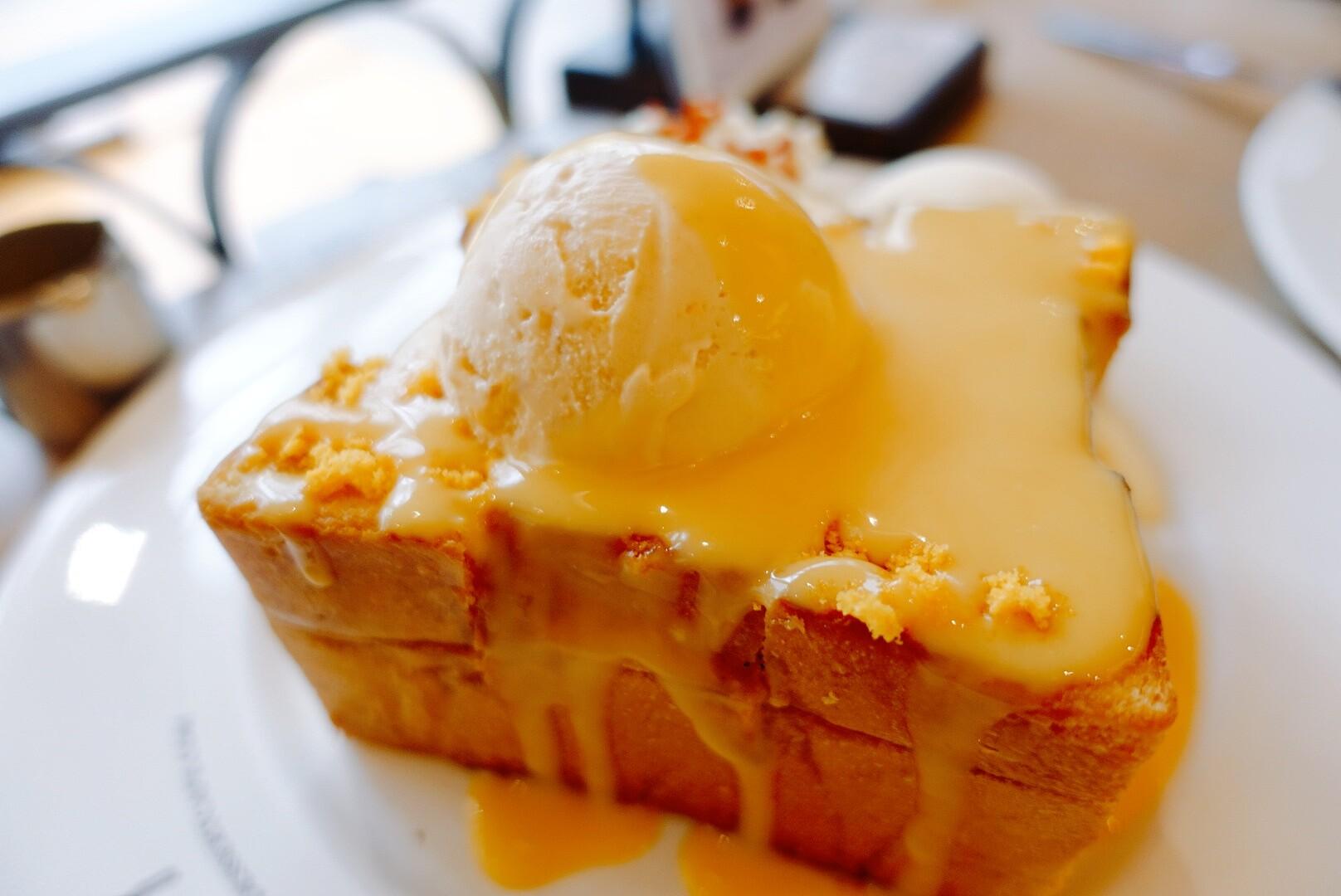 【泰國曼谷】After You Dessert Café|必吃鹹蛋口味蜜糖吐司|可口的芒果糯米冰