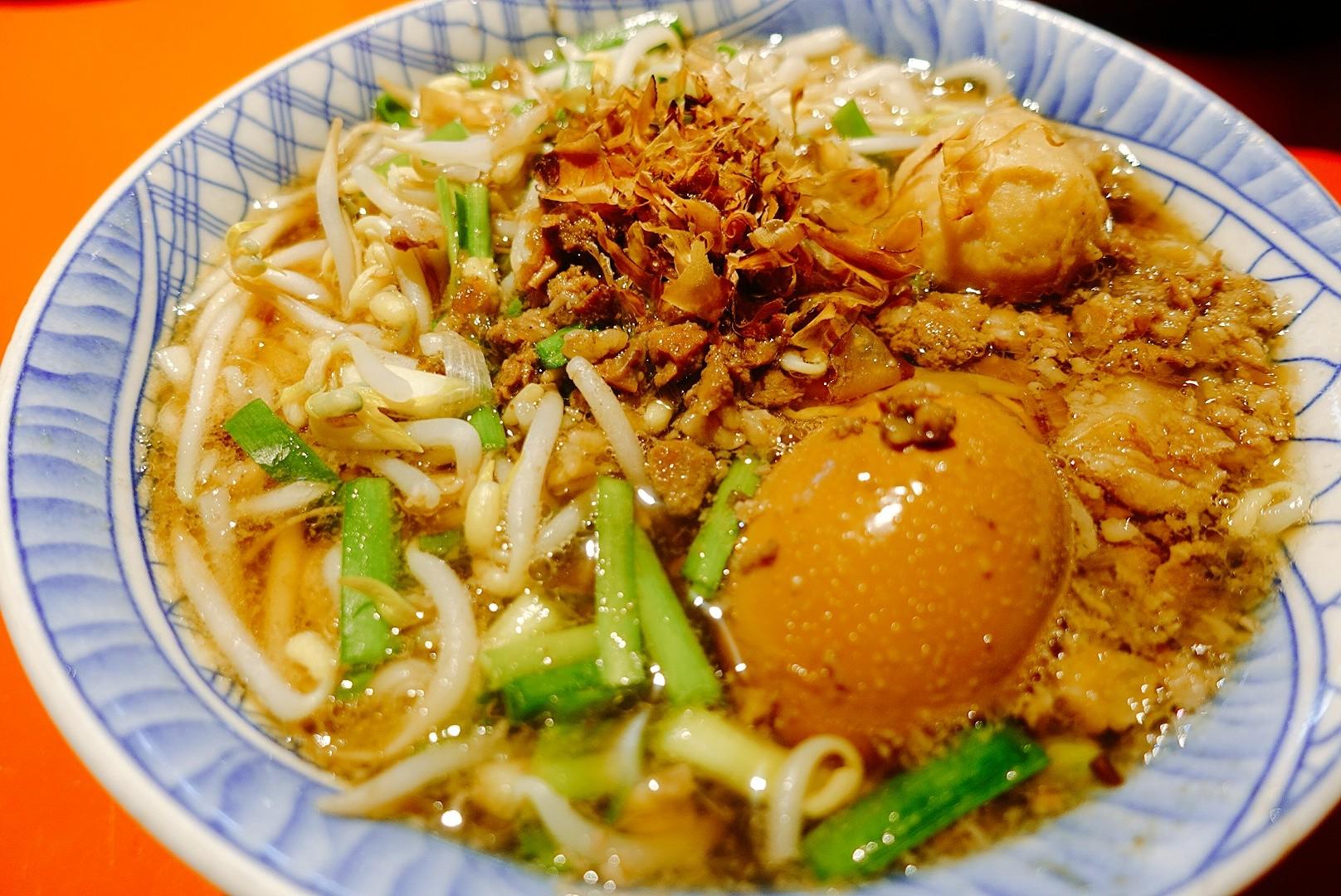 【台東市區】榕樹下米苔目|米苔目Q彈帶勁,超人氣在地特色小吃