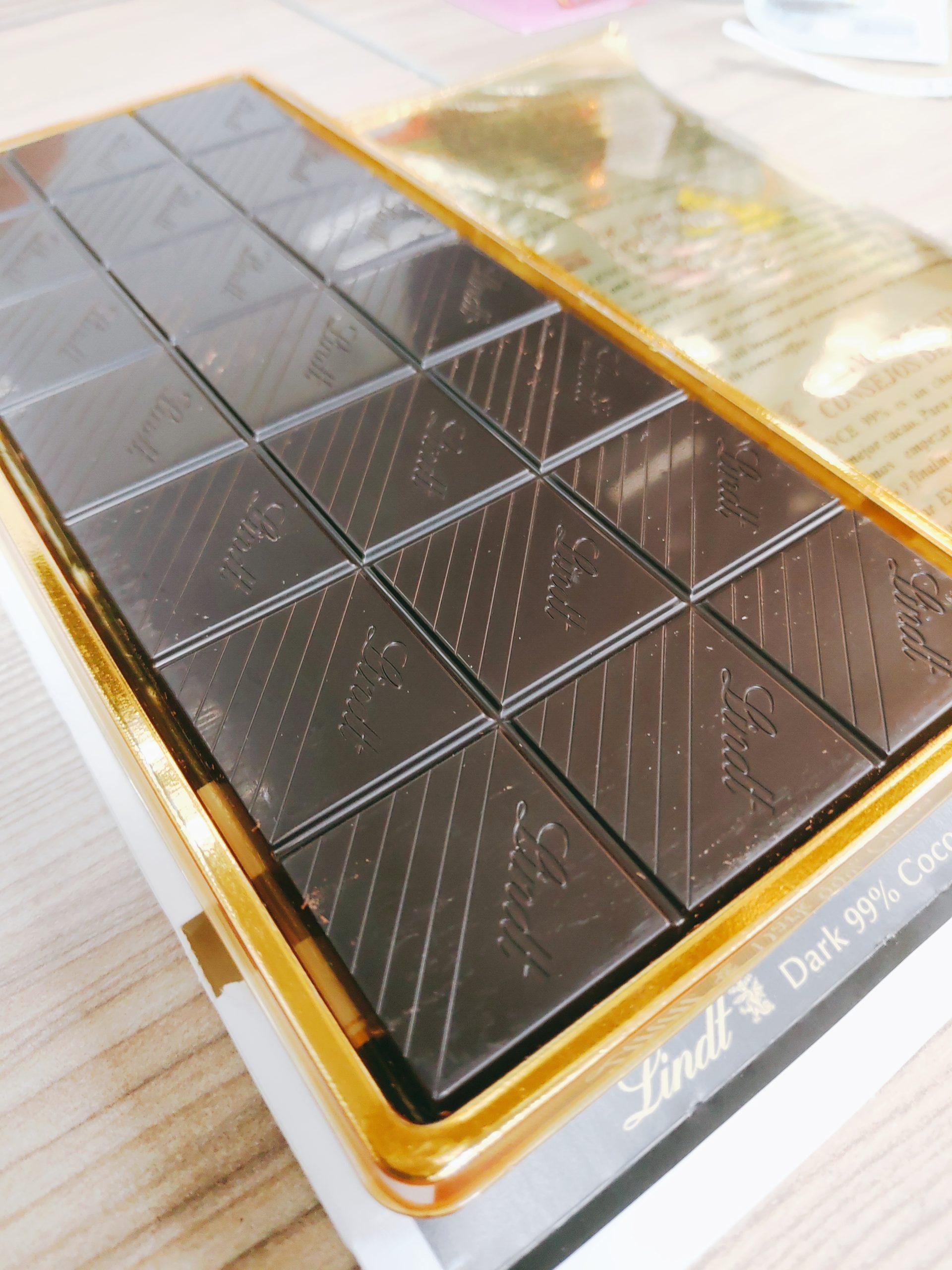 【試吃】Lindt瑞士蓮極醇系列99%巧克力片|濃烈黑巧克力,彷彿感受到人生的深沉滋味