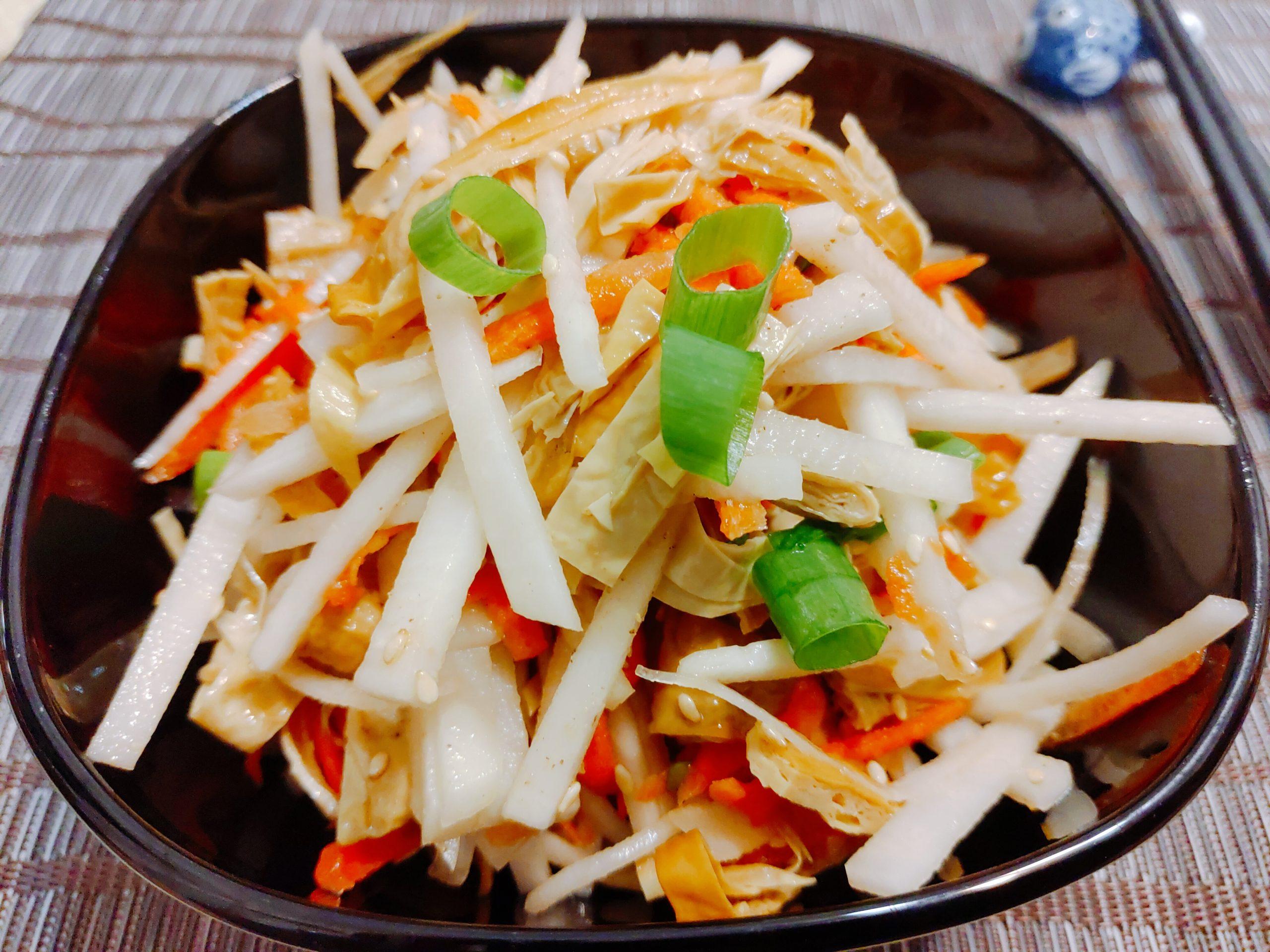 【食譜】涼拌煙燻豆皮|三分鐘就上桌,健康低負擔的小菜