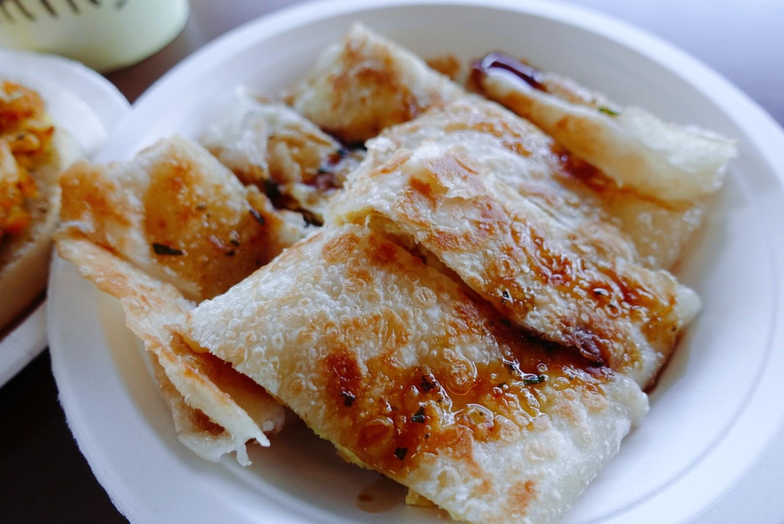 【花蓮市區】府前食坊|蔥油蛋餅酥脆好吃,還有超美味焗烤南瓜|美崙超人氣老店