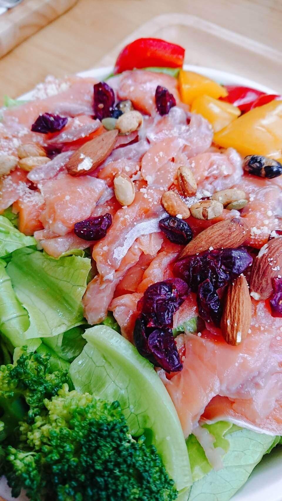 【花蓮壽豐】依山午–超美的六角形木造建築與自種的美味生菜沙拉