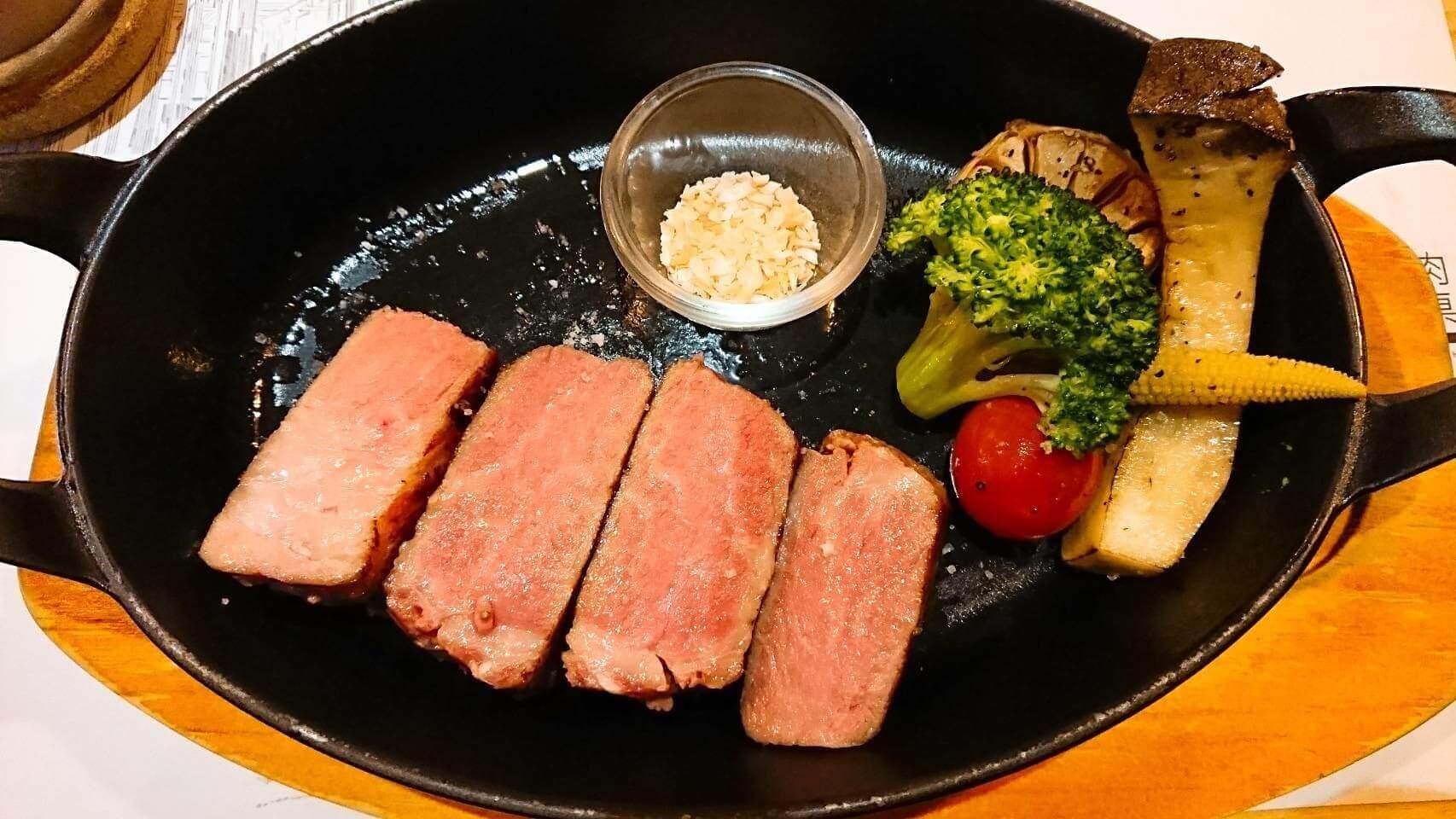 【花蓮市區】肉肉餐桌–想要大口吃肉來這家就對了,品質好又有舒適環境