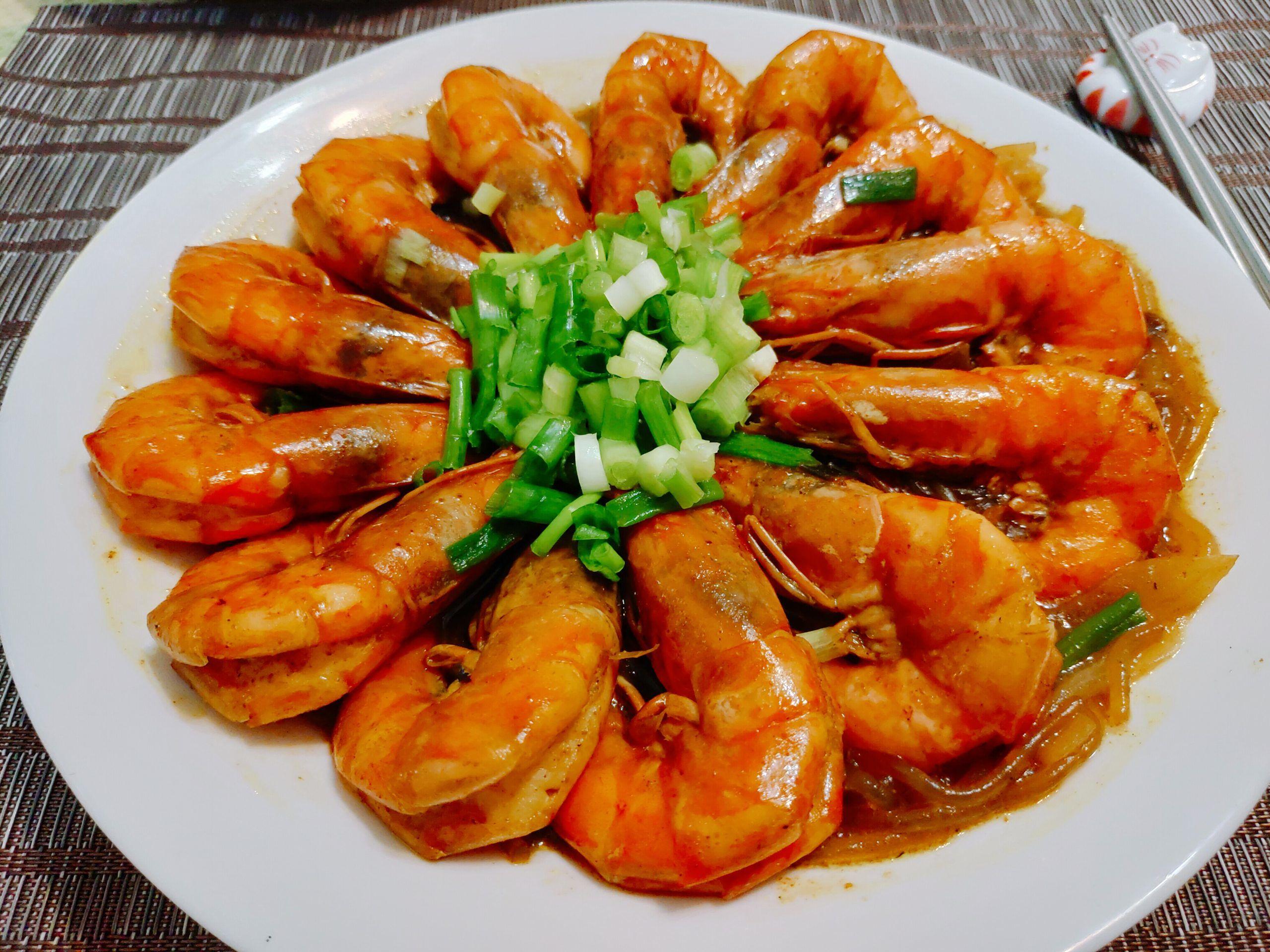 【食譜】咖哩鮮蝦粉絲煲|一點都不複雜,鮮蝦與粉絲共舞的味蕾享受