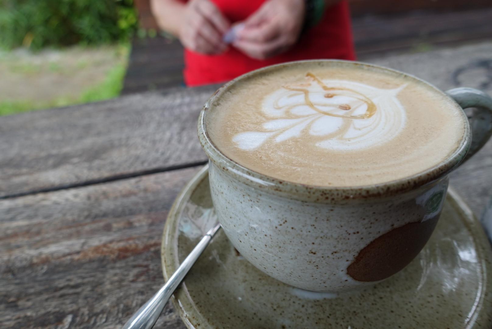 【台東卑南】小魚兒的家|啜飲著咖啡靜賞如畫海景風光