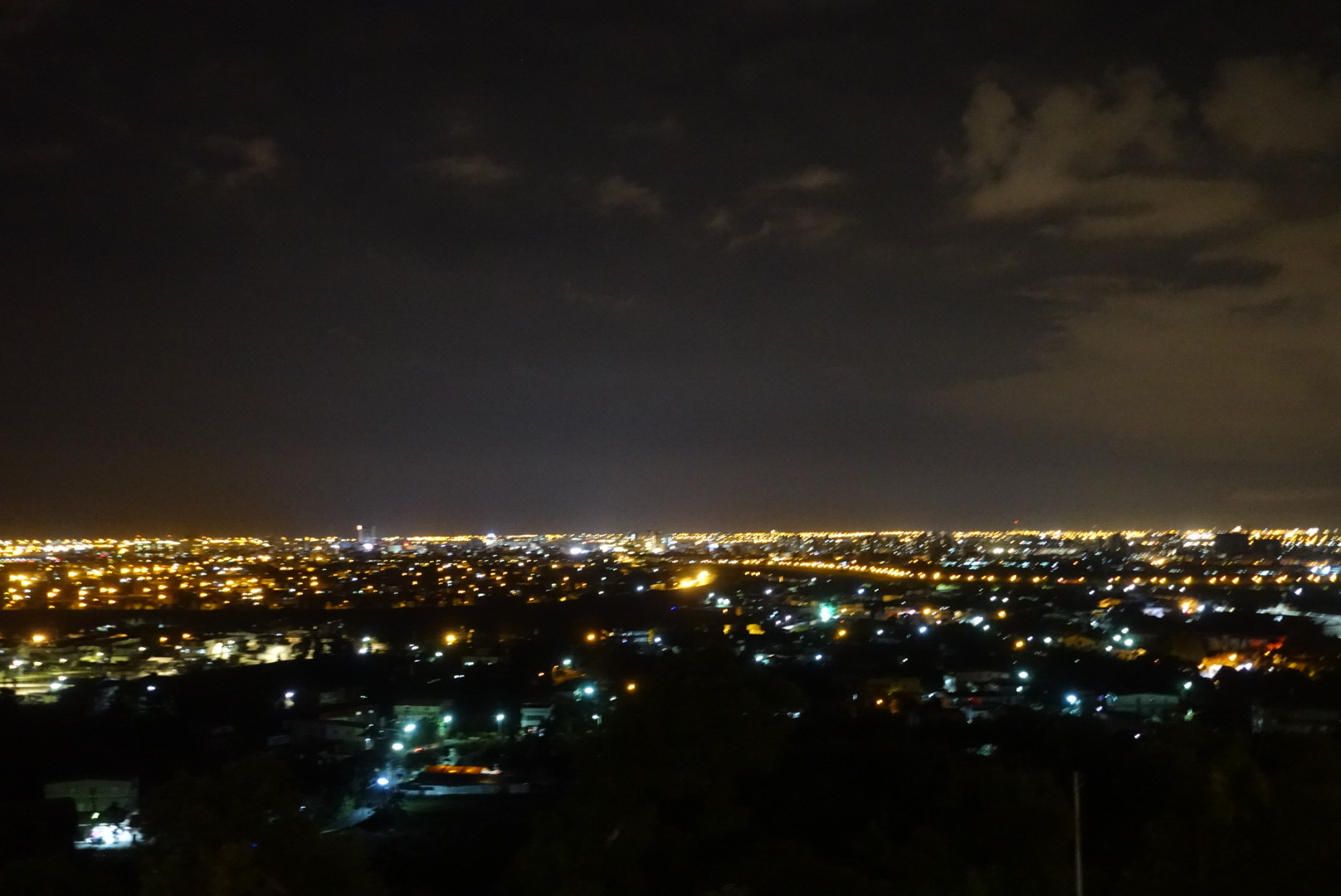 【宜蘭員山】橘子咖啡|必訪的絕美夜景,餐點也不可小覷|景觀餐廳