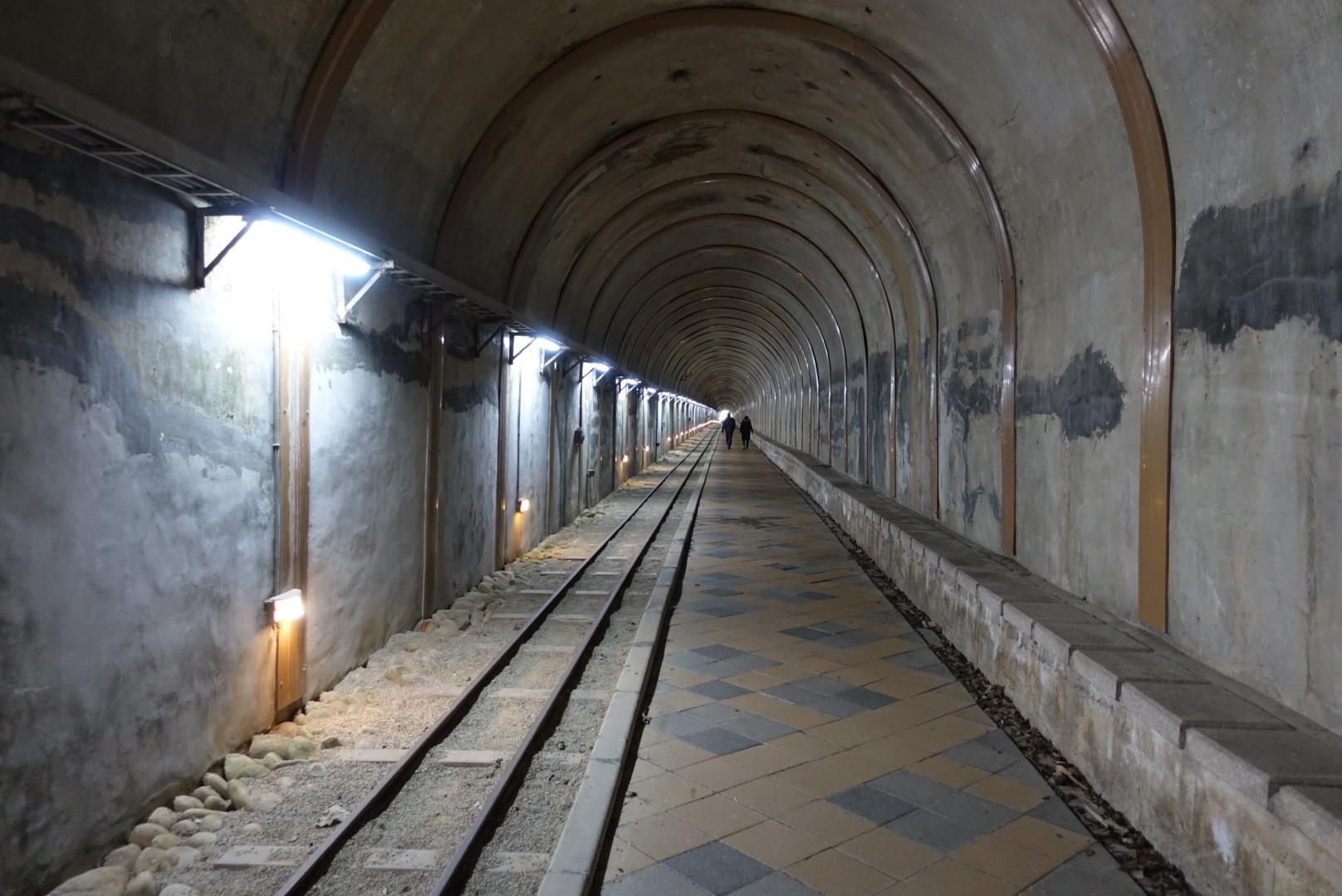 【桃園大溪】舊百吉隧道|走在日治時期的舊隧道中,緬懷過往的時光與光景|免費景點