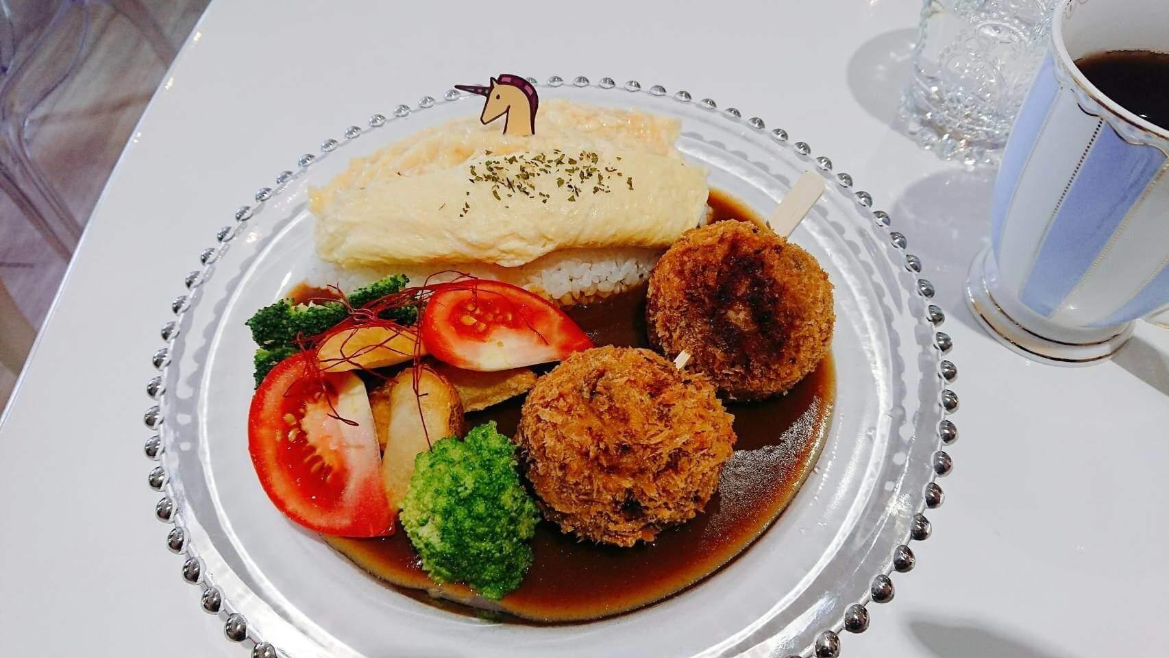 【花蓮市區】獨角獸洋食館–夢幻軟綿空間與美味蒲公英蛋包飯